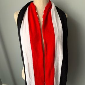American Eagle reversible scarf red white and blue